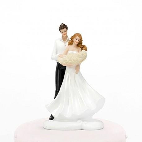 Figurine de mariage couple et nouveau né