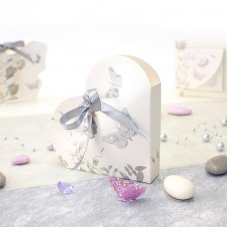 Boites à dragées coeur thème papillon gris