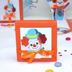Boite carrée à dragées Clown