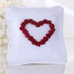 Coussin porte alliance coeur de rose rouge