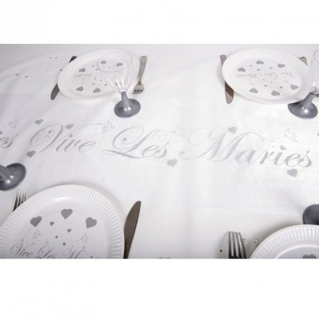 """Chemin de table """" Vive les mariés"""". Idéal pour les thèmes avec une touche argentée."""