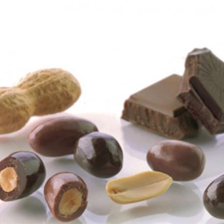Cacahuette grillée enrobée de chocolat