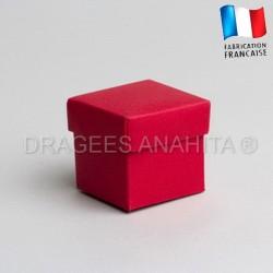 Cube uni à dragées rouge