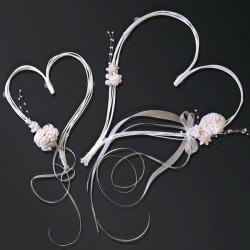 Fleur en coeur perle pour voiture